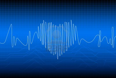 9720543-illustration-of-beating-heart-with-wave-frequency