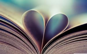 book_heart-wallpaper-1440x900