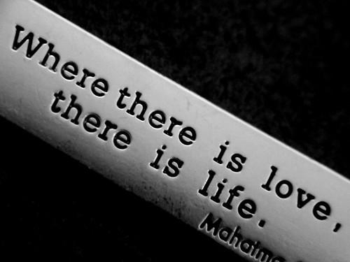 love,life,,b,w,love,message,photography,text-40e23767d17b874aa2d99ea82fad6046_h
